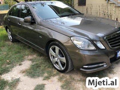 Mercedes-Benz E250 Model Avangarde